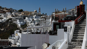 Ο Έλληνας που θέλει να κάνει διακοπές, χολέρα έχει;