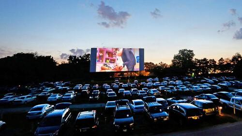 Το drive-in δεν είναι μόνο για να δεις ταινία