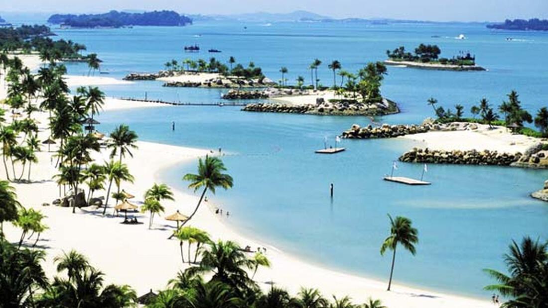 Αυτό είναι το νησί με τις περισσότερες τεχνητές παραλίες
