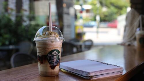 Πώς το Frappuccino έγινε το new entry στις απογευματινές after work συναντήσεις