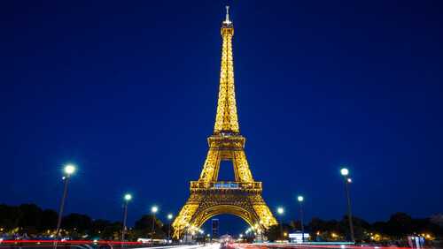 Παρίσι: Γιατί είναι η Πόλη του Φωτός;