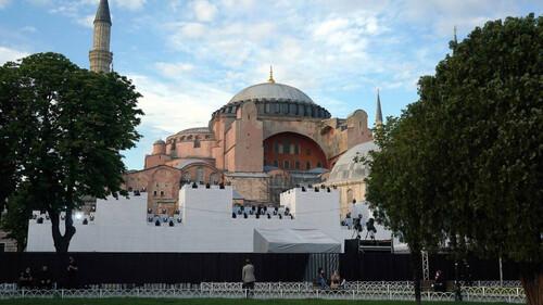 Αγιά Σοφιά: «Μαύρη» μέρα για την Ορθοδοξία! Ο Ερντογάν την κάνει τζαμί