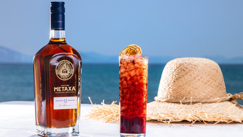 Explore Summer with Metaxa