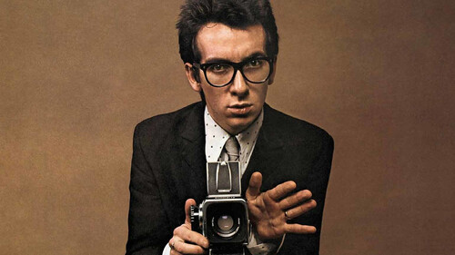 O Elvis Costello δεν θα μπορούσε να ζήσει χωρίς αυτά τα τραγούδια