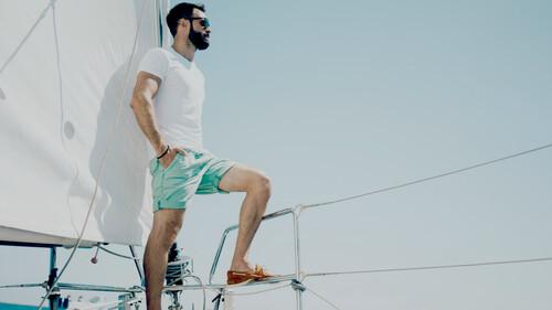 Το boat shoe είναι το μοναδικό παπούτσι που ταιριάζει με τα πάντα