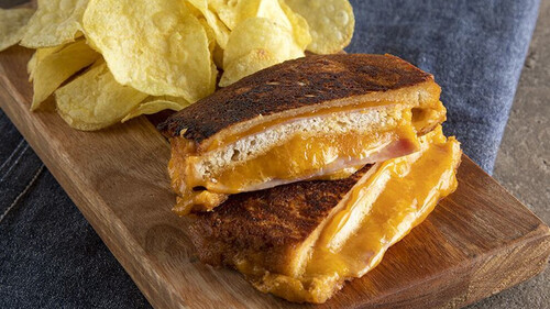 Άκης Πετρετζίκης: Monte Cristo sandwich