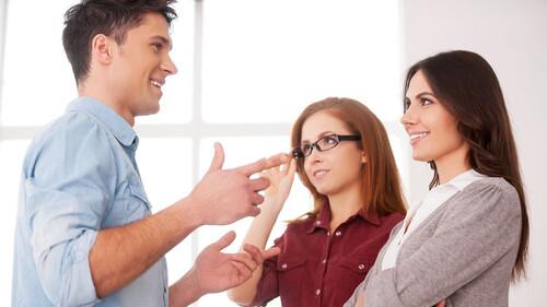 Μιλάς δύο γλώσσες; Δες τι σου συμβαίνει
