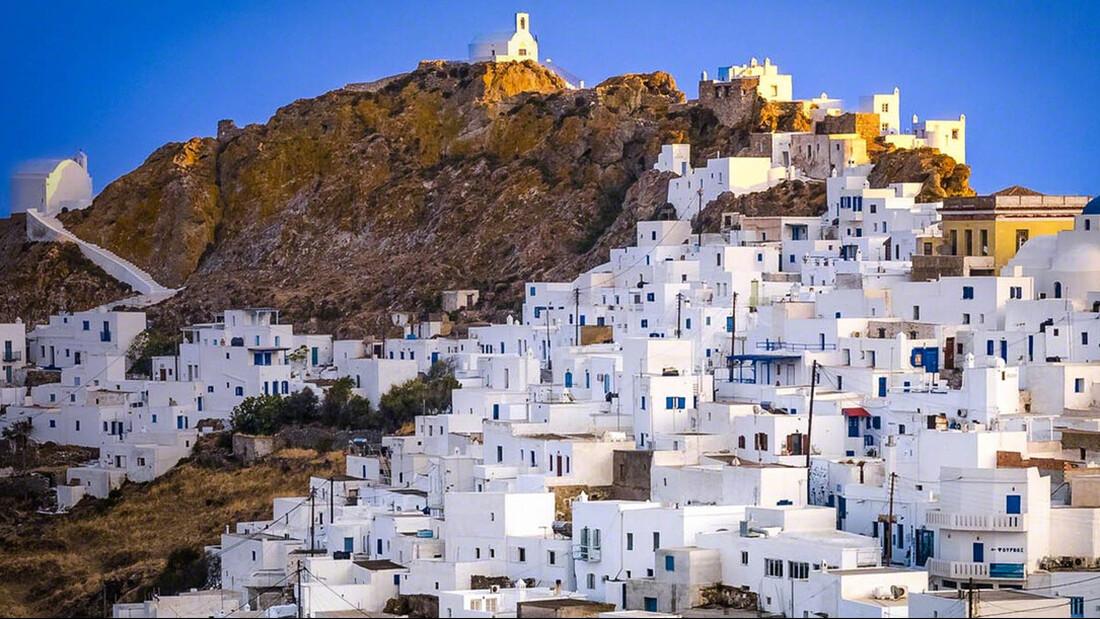 Αυτά είναι τα ελληνικά νησιά που μάζεψαν τον περισσότερο κόσμο
