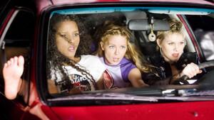 Αγόρια να συζητήσουμε λίγο αυτό που παθαίνετε όταν βλέπετε γυναίκα οδηγό;