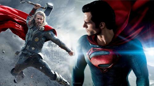Πώς θα σας φαινόταν μια μάχη μεταξύ Avengers και Justice League;