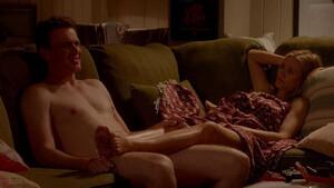 «Αγόρια μην εφαρμόζετε αυτά που βλέπετε στις ταινίες πορνό, στην πραγματική ζωή»