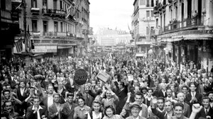 H μέρα που αποχώρησαν τα γερμανικά στρατεύματα από την Αθήνα