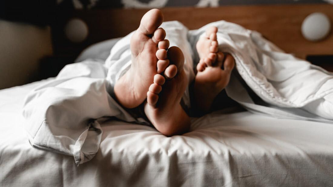 Τι πρέπει να έχεις στο σπίτι σου αν θες να κοιμηθεί εκεί το βράδυ