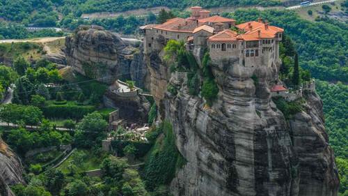Οι εντυπωσιακές εικόνες που μας χαρίζουν οι κορυφές των ελληνικών βουνών