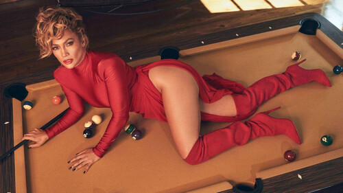 Είναι ιδέα μας ότι η Jennifer Lopez γίνεται όλο και πιο σέξι;