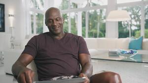 O Michael Jordan χαρίζει τα λεφτά του στους φτωχούς