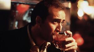 Το lockdown ευνοεί την κατάχρηση του αλκοόλ