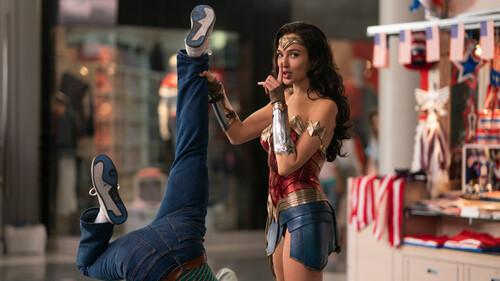 To «Wonder Woman 1984» δεν έσωσε τη χρονιά