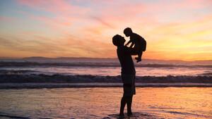 Χρόνια πολλά μπαμπά: Μια ανοιχτή επιστολή για όσα δεν είπαμε ποτέ