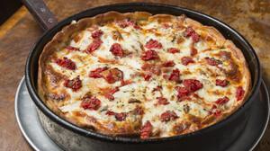 Η πιο εύκολη και λιγουρευτική συνταγή πίτσας για το σπίτι