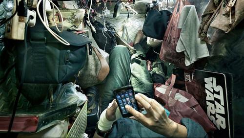 Είναι συγκλονιστικό το πώς ζουν οι μοντέρνοι Κινέζοι στο Hong Kong