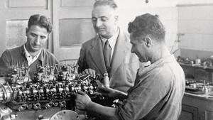 Enzo Ferrari: Ο άνθρωπος που υλοποίησε τα τετράτροχα όνειρά μας