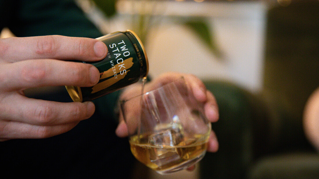 To Dram in a Can είναι το ιρλανδέζικο ουίσκι που μπορείς να έχεις πάντα μαζί σου