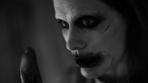 Η φωτογραφία του Joker στο Justice League έχει κάτι το θεϊκό