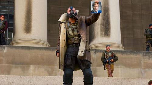 Η περίεργη ιστορία με τη φωνή του Tom Hardy στο Dark Knight Rises