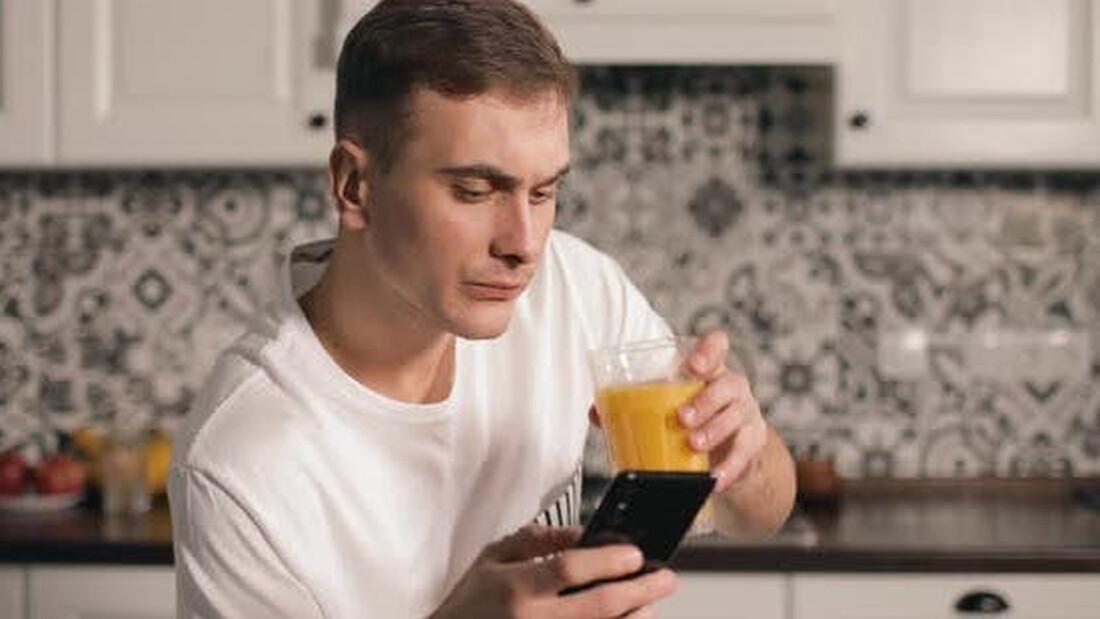 Ποιο είναι το ποτό που καίει ό,τι θερμίδες έχεις φάει;