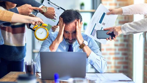 Πώς να μειώσεις το άγχος της εργασίας από το σπίτι