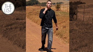 The List: Σε έναν κόσμο γεμάτο blue jeans γίνε αυτός που θα φοράει το μαύρο