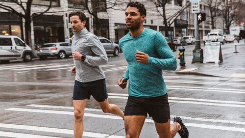 Peak Performance: Γιατί πρέπει να έχεις άποψη και στα ρούχα της άσκησης σου;