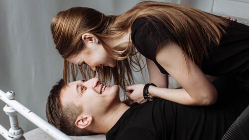 Έρευνα: Τι άλλαξε στη σεξουαλική μας ζωή εξαιτίας του lockdown