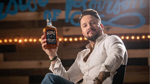 Fistful of Bourbon: Το whiskey που σου δίνει 100.000 αν έχεις αρκετά αντρικό χέρι