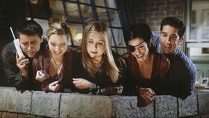Friends Reunion: Τι πρέπει να γνωρίζουμε για τη μεγάλη τηλεοπτική επανένωση