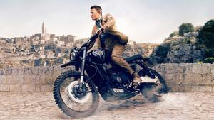 James Bond: Όλες οι μοτοσικλέτες που οδήγησε στις ταινίες