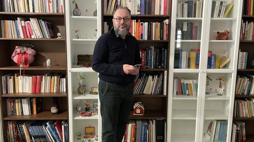 Μιχάλης Καλαμαράς: Με τα ebooks έχεις μια βιβλιοθήκη στην τσέπη σου