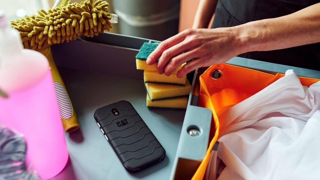 Απλώς επικό: Όταν το κινητό σου παραμένει υγιεινά καθαρό, ό,τι και αν αγγίζεις!