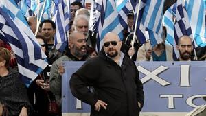 Σαν σήμερα 440.000 'Ελληνες έβαζαν στη Βουλή τη Χρυσή Αυγή