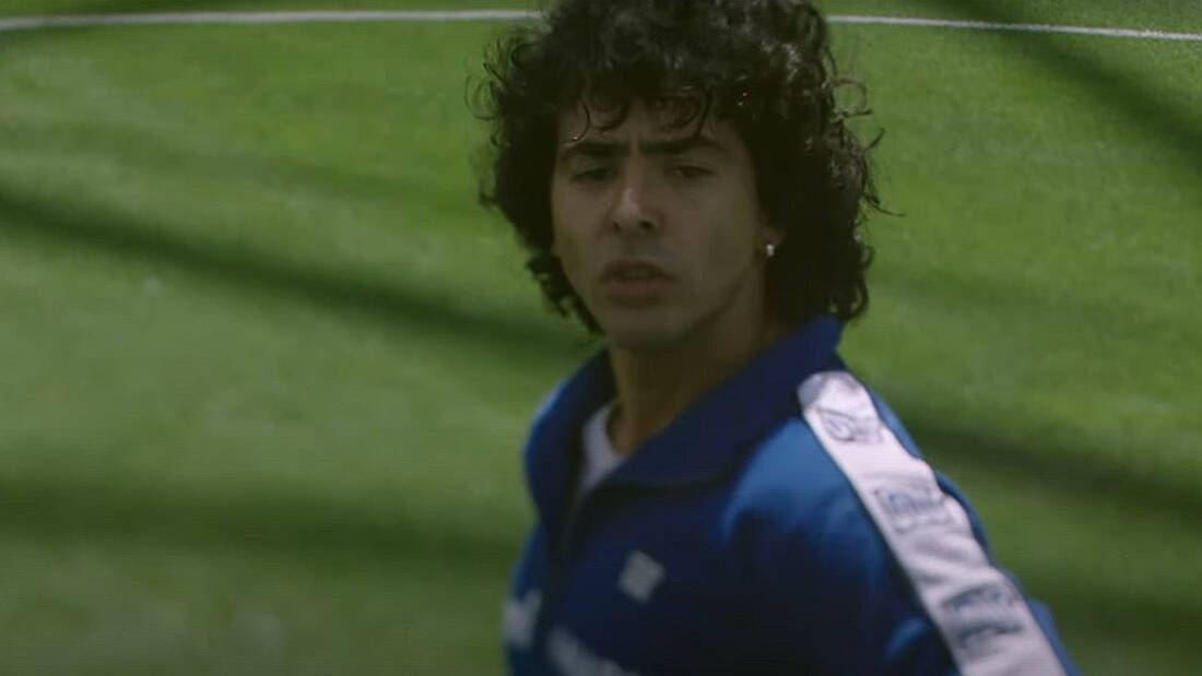 O Diego Maradona παίρνει τη σειρά που του αξίζει