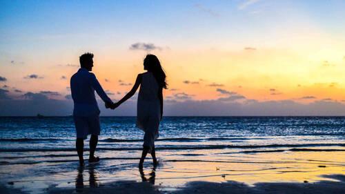 Έρευνα dating app: Αυτό θα είναι το καλοκαίρι της αναζήτησης μόνιμης σχέσης