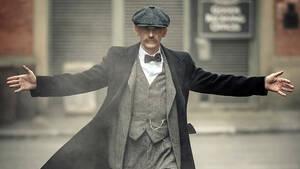Peaky Blinders: O Arthur Shelby είναι έτοιμος για το μεγάλο φινάλε