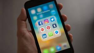 Έρευνα: H Night Shift λειτουργία των κινητών είναι εντελώς άχρηστη