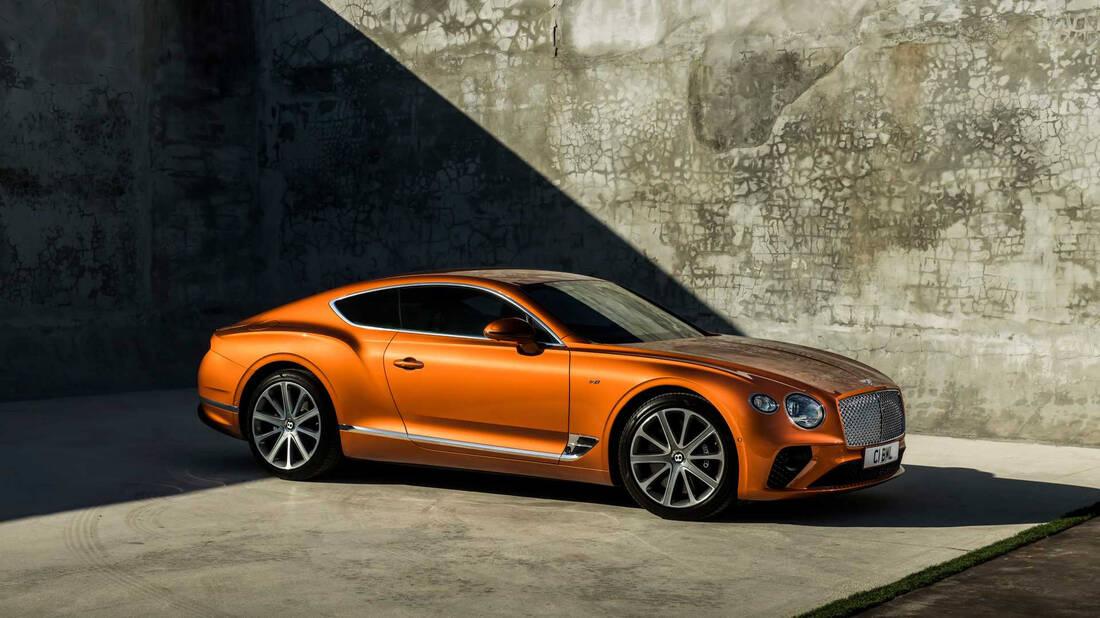 Όταν οι επιδόσεις συναντούν το στυλ: Luxury sport αυτοκίνητα για το 2021