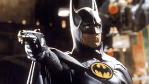 Η νέα στολή του Michael Keaton στον ρόλο του Batman είναι αιματοβαμμένη