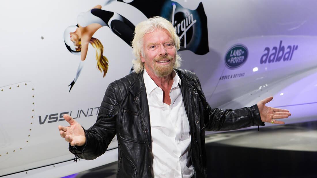 Ο Richard Branson σηκώνει το γάντι και δηλώνει πως θα είναι αυτός που θα πάει πρώτος στο διάστημα
