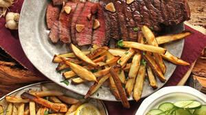 Πόσο δύσκολο είναι να τρως έξω και να κάνεις διατροφή ταυτόχρονα;