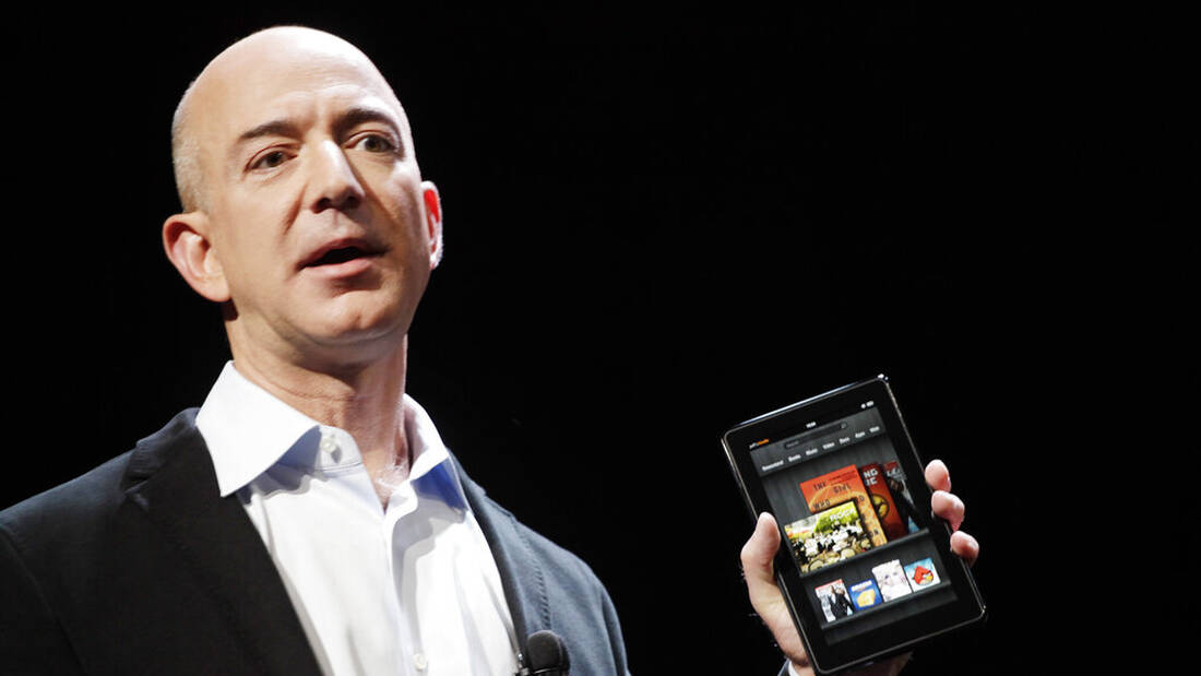 Jeff Bezos, πώς σου φαίνεται η εξορία από τη Γη;
