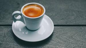 Οι απαράβατοι κανόνες του καφέ που κάθε άντρας οφείλει να τηρεί